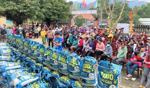 Sức lan tỏa từ chương trình Tết sẻ chia - ngàn tấn gạo trao khắp Việt Nam - 1