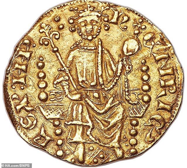 Chiêm ngưỡng đồng tiền xu 800 năm tuổi có giá 17 tỷ đồng - 1