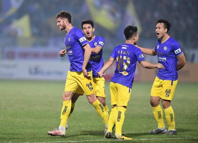 CLB Hà Nội thua đau Bình Dương trên sân nhà - 2