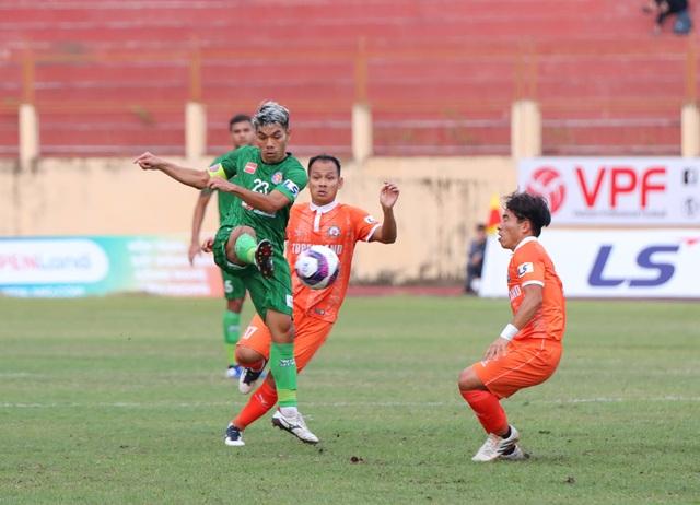 Làn sóng cầu thủ Việt Nam sang J-League gây xôn xao báo Nhật Bản - 2