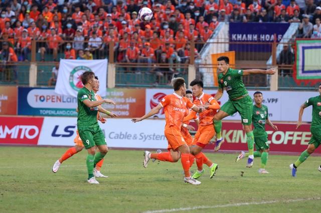 Tấn Tài ghi bàn, tân binh Bình Định đánh bại Sài Gòn FC - 1