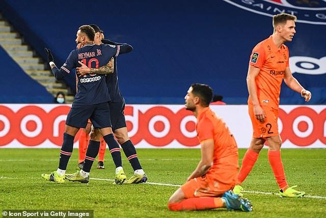 Neymar và Mbappe cùng tỏa sáng, PSG giữ vững ngôi đầu bảng Ligue 1 - 3