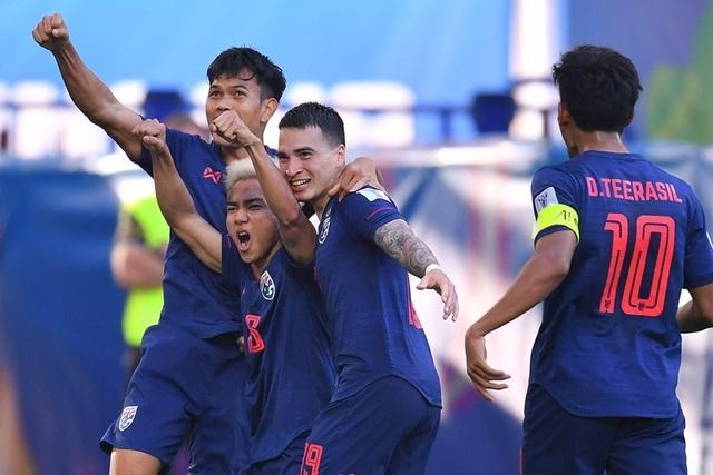Thái Lan bất ngờ chạy đua đăng cai vòng loại World Cup 2022 với Việt Nam - 1
