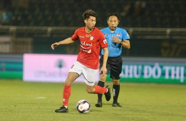 Lee Nguyễn đá chính, CLB TPHCM thắng trận đầu tay ở V-League - 1