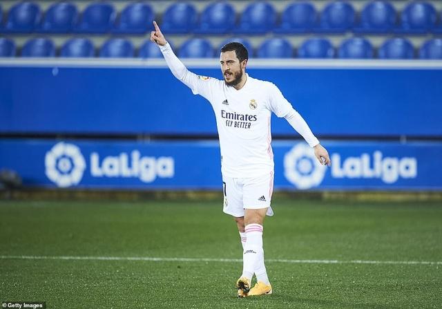 Benzema và Hazard tỏa sáng, Real Madrid gây áp lực lên Atletico - 4