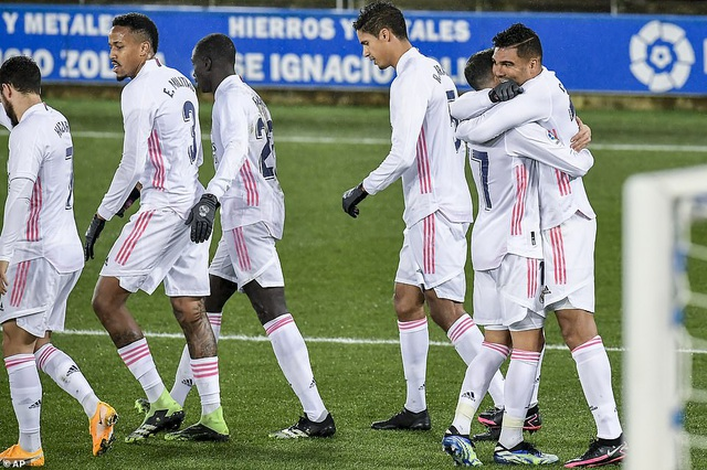 Benzema và Hazard tỏa sáng, Real Madrid gây áp lực lên Atletico - 1