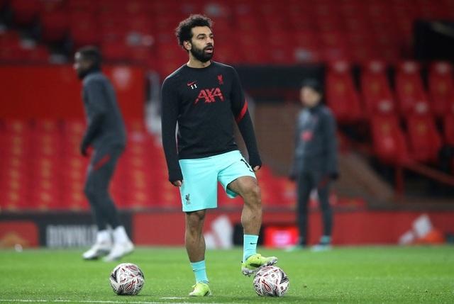 Man Utd 3-2 Liverpool: Salah lập cú đúp, Fernandes tung đòn quyết định - 17