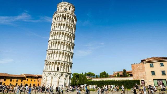 Điều gì khiến tháp nghiêng Pisa không đổ suốt 800 năm chấp cả động đất? - 1