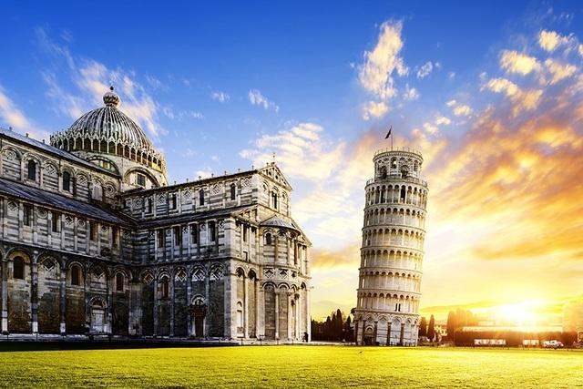 Điều gì khiến tháp nghiêng Pisa không đổ suốt 800 năm chấp cả động đất? - 2