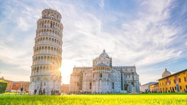 Điều gì khiến tháp nghiêng Pisa không đổ suốt 800 năm chấp cả động đất? - 4