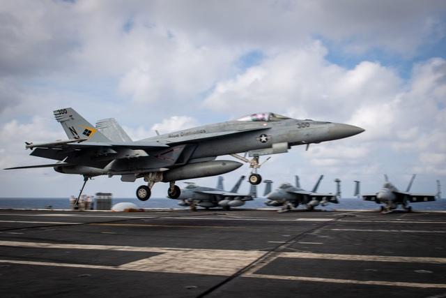 Tàu sân bay Mỹ dẫn đầu nhóm tác chiến tiến vào Biển Đông - 1