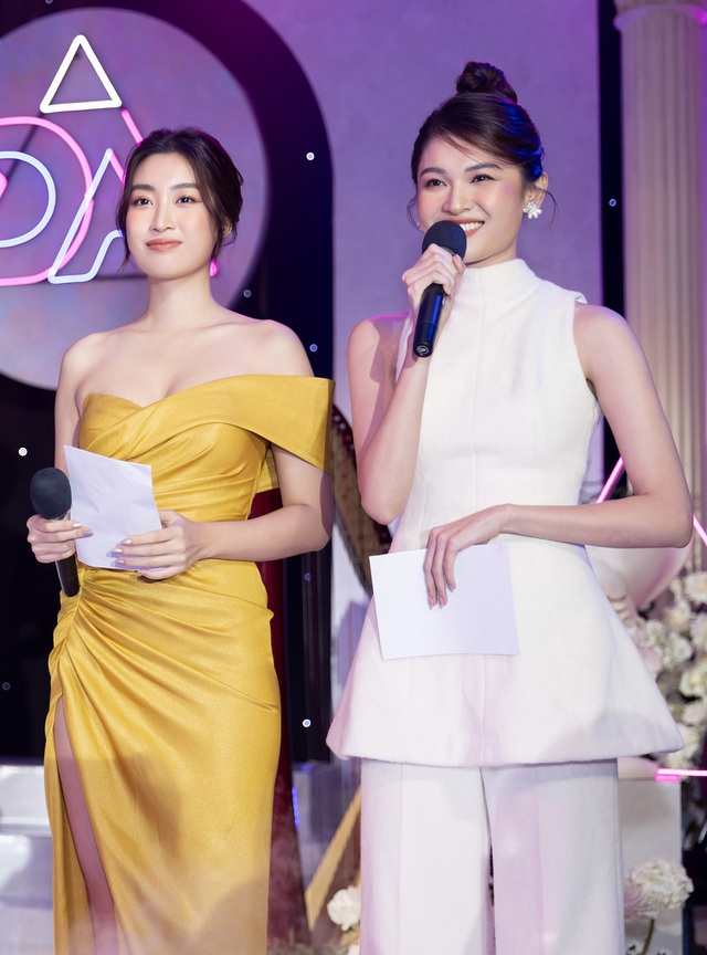 Trần Tiểu Vy khóc, Đỗ Mỹ Linh làm MC cho đám cưới Thúy An - 19