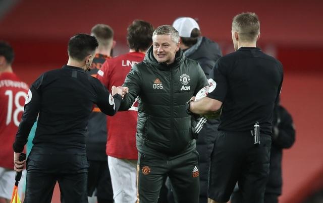 Những khoảnh khắc Man Utd vượt qua Liverpool ở Old Trafford - 24