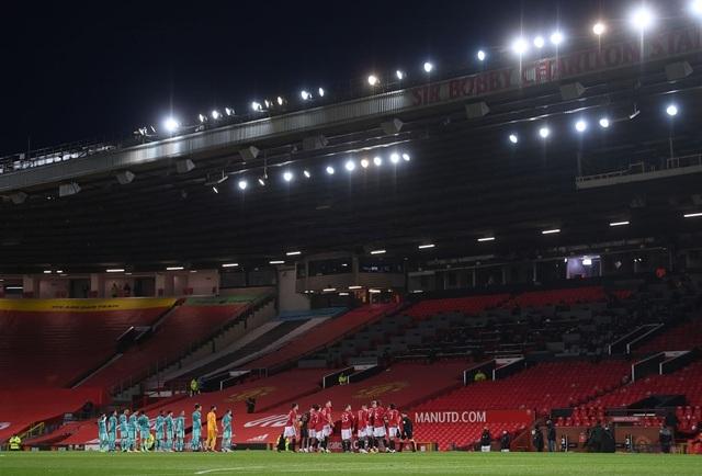 Những khoảnh khắc Man Utd vượt qua Liverpool ở Old Trafford - 4