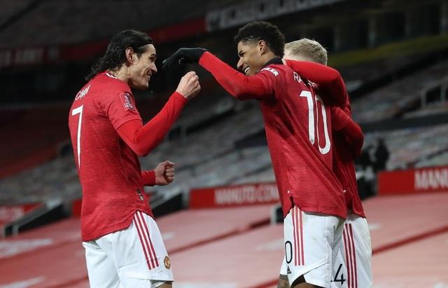 Những khoảnh khắc Man Utd vượt qua Liverpool ở Old Trafford - 14