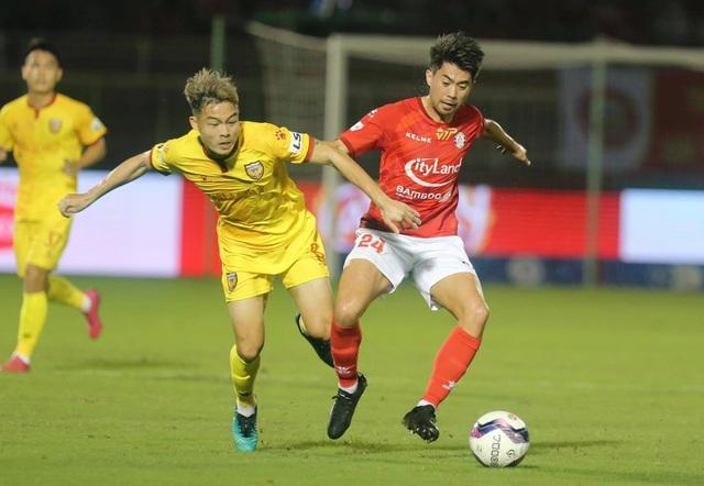 Công Phượng, Lee Nguyễn và Tiến Linh mang lại sức hút cho V-League - 2