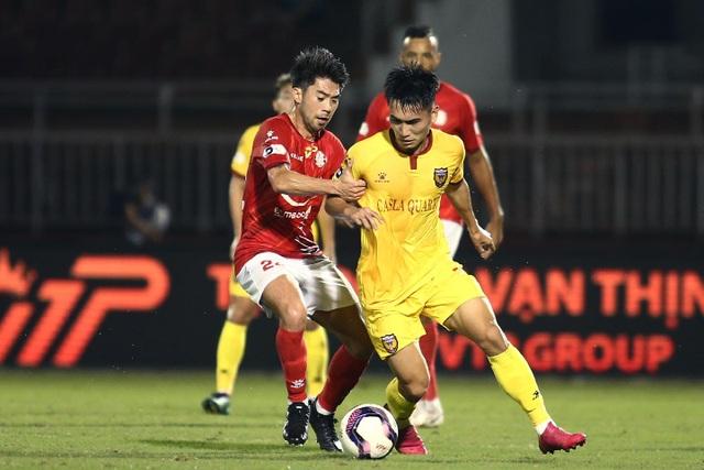 Lucky88 tổng hợp: Những chiến thắng mang đến hiệu ứng tốt cho HLV Kiatisuk và Lee Nguyễn