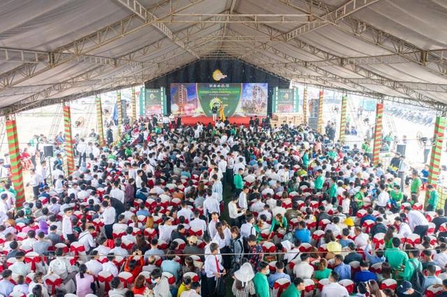 2.000 người chen chân mua đất Thăng Long Central City - 1