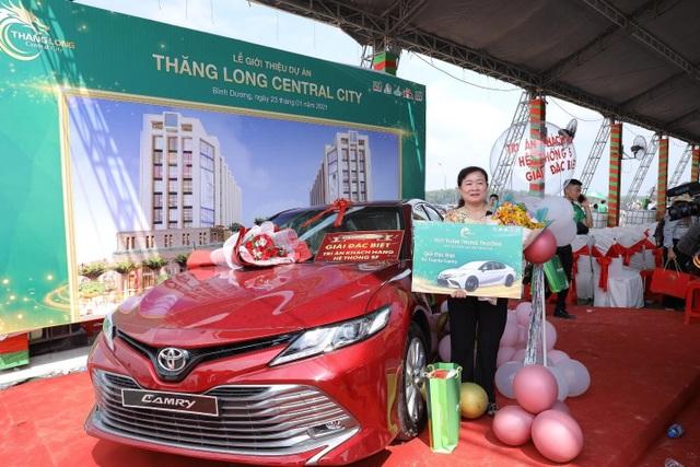 2.000 người chen chân mua đất Thăng Long Central City - 4