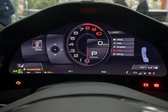 Soi chi tiết Ferrari Roma: Siêu xe 20 tỷ độc nhất châu Á vừa về Việt Nam - 9