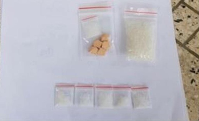 Thuê nhà, dán cách âm để  phê ma túy và bay lắc - 2