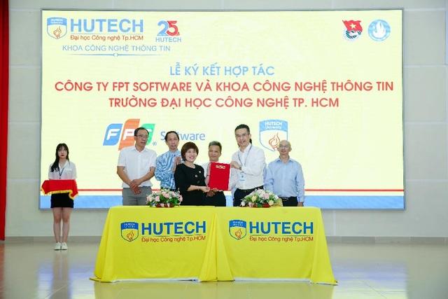 Doanh nghiệp làm hướng dẫn viên giúp sinh viên IT HUTECH định hướng nghề nghiệp - 4