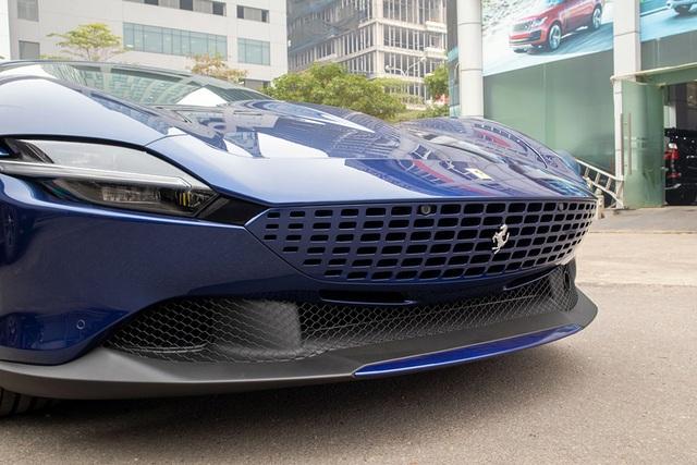 Soi chi tiết Ferrari Roma: Siêu xe 20 tỷ độc nhất châu Á vừa về Việt Nam - 3