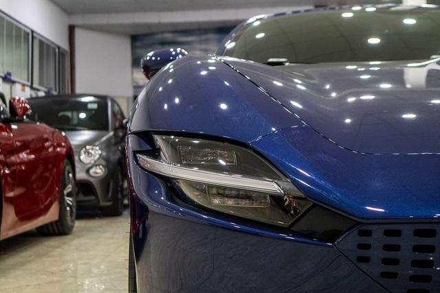 Soi chi tiết Ferrari Roma: Siêu xe 20 tỷ độc nhất châu Á vừa về Việt Nam - 4