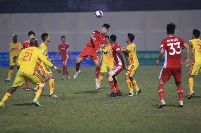 Tuyển thủ Việt Nam đứt dây chằng, nghỉ hết mùa giải - 1