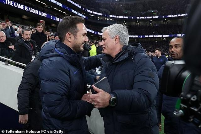 Mourinho, Solskjaer, Guardiola bày tỏ sự cảm thông với Lampard - 2
