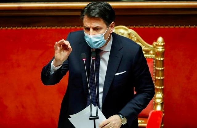 Thủ tướng Italia đệ đơn từ chức - 1