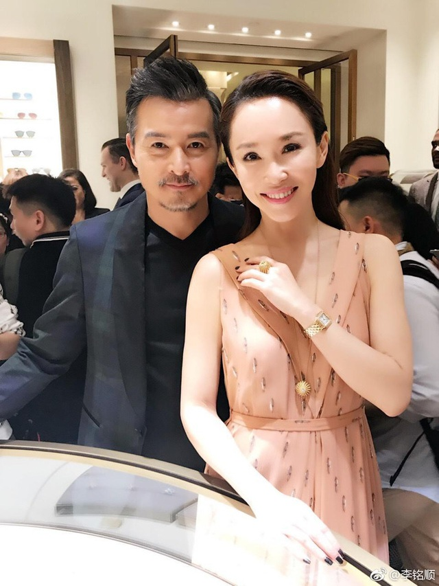 Hôn nhân ngọt ngào đáng ngưỡng mộ của Lý Minh Thuận và Phạm Văn Phương - 8