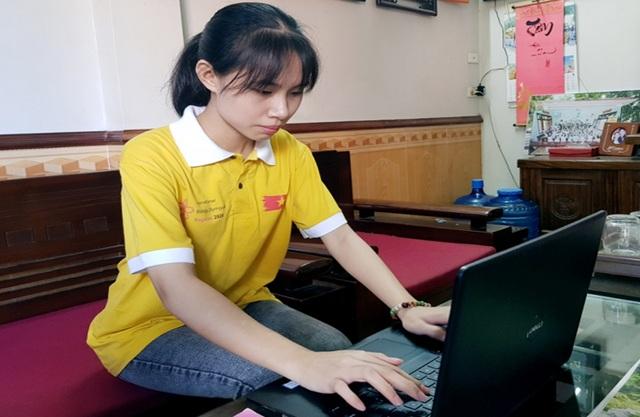 Câu chuyện cổ tích của cô học trò nghèo ở Olympic quốc tế 2020 - 1