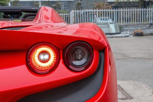 Mục sở thị Ferrari F8 Spider thứ 2 tại Việt Nam, giá gần 30 tỷ đồng - 5