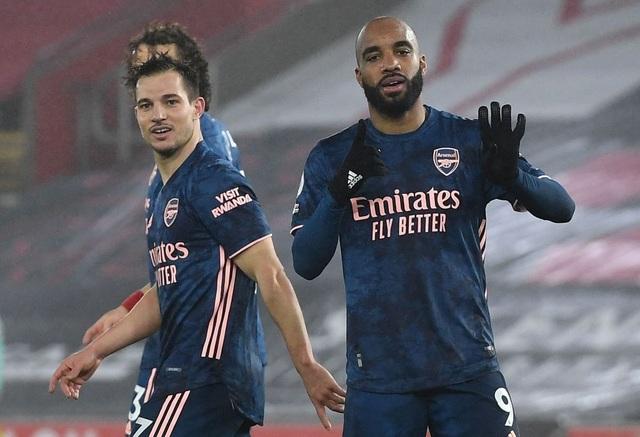 Thắng Southampton, Arsenal vươn lên nửa trên bảng xếp hạng - 2