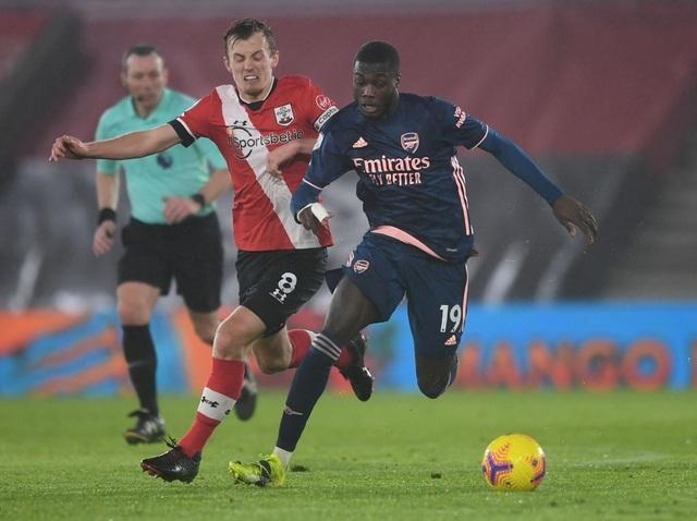 Thắng Southampton, Arsenal vươn lên nửa trên bảng xếp hạng - 3