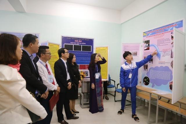 Quảng Trị: Trao giải thưởng 58 dự án Khoa học kỹ thuật học sinh trung học - 1