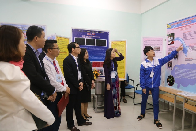 Gần 100 dự án tham gia cuộc thi Khoa học - kỹ thuật cho học sinh trung học - 1