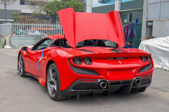 Mục sở thị Ferrari F8 Spider thứ 2 tại Việt Nam, giá gần 30 tỷ đồng - 2