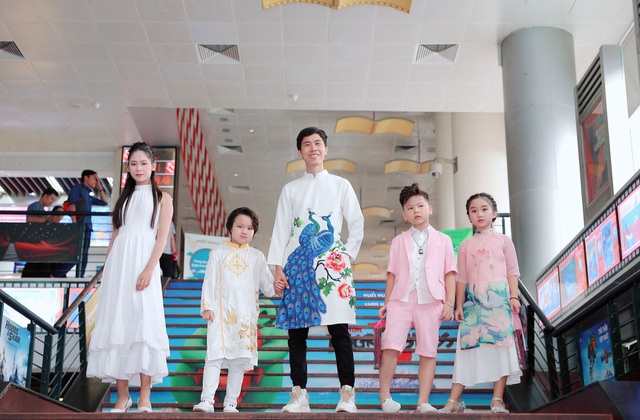 Đạo diễn Huy Lio khởi động Lễ hội Áo dài Trẻ em Việt Nam 2021 - 1
