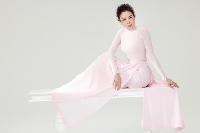 Hoa hậu Phương Lê  khoe sắc với áo dài - 4