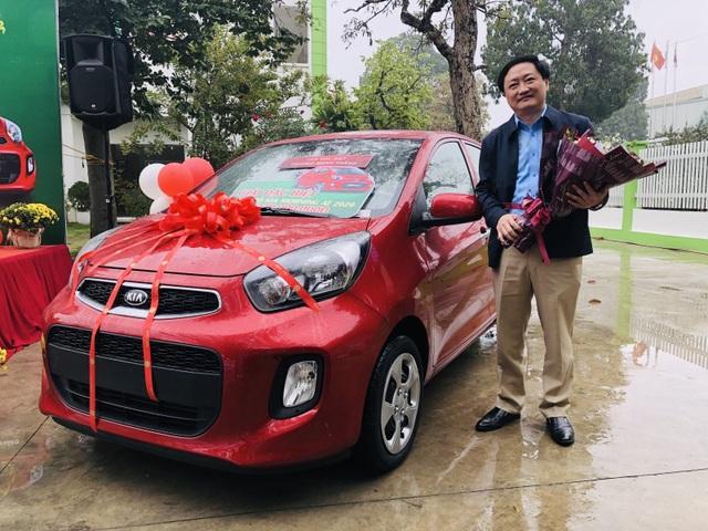 Tràng Phục Linh Plus trao ô tô cho khách hàng trúng thưởng - 3