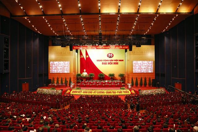Việt Nam được xếp vào nhóm các quốc gia phát triển con người cao - 2
