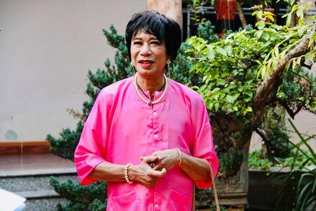 Nghệ sĩ Bảo Chung vào vai thầy bói lưỡng tính trong hài Tết - 2