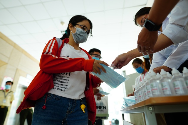 TPHCM công bố kết quả xét nghiệm 6 trường hợp tiếp xúc gần bệnh nhân 1553 - 6
