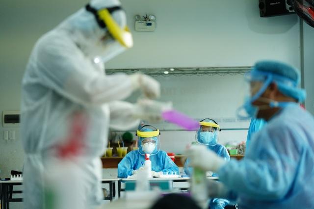 TPHCM công bố kết quả xét nghiệm 6 trường hợp tiếp xúc gần bệnh nhân 1553 - 4