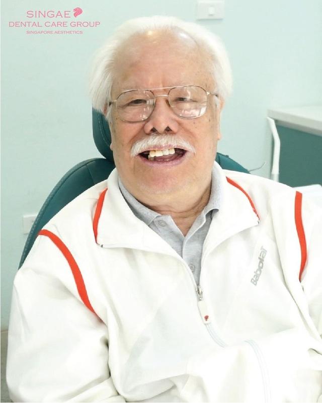 Lần đầu tiên, Việt Nam trồng 9 răng Implant thành công cho cụ 86 tuổi - 1