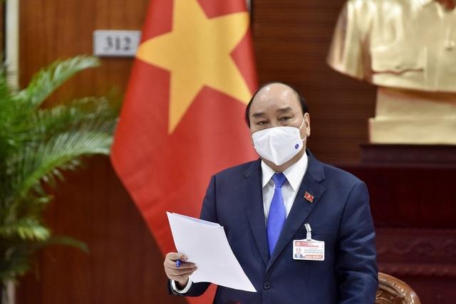 Thủ tướng họp khẩn về Covid-19 ngay tại Đại hội Đảng - 3