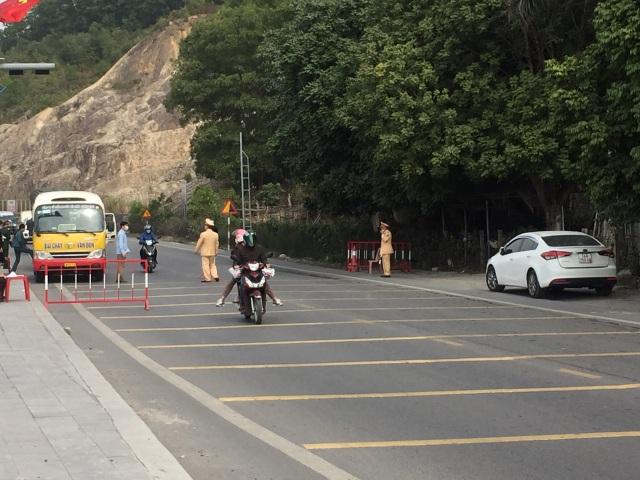 11 ca mắc Covid-19 trong cộng đồng, đường phố Quảng Ninh vắng tanh - 8
