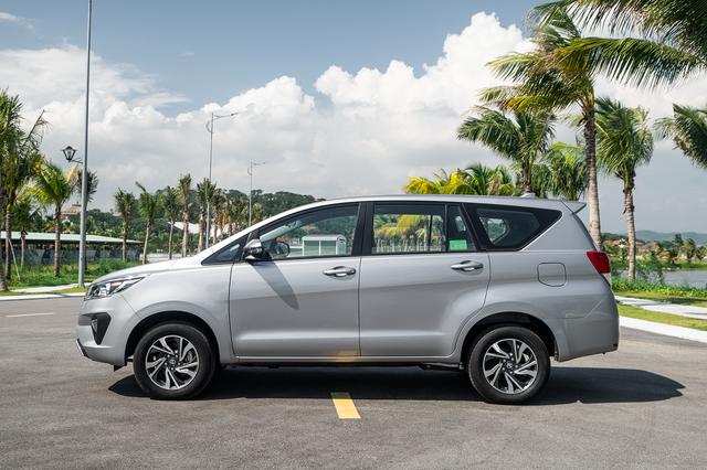 Lý giải sức hút mạnh mẽ từ Toyota Innova - 2